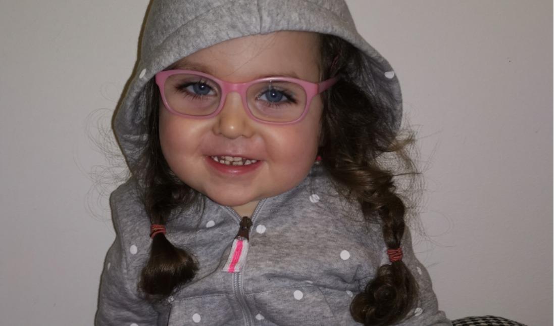 """""""Zaļā lampa"""": palīdzēsim četrgadīgajai Martai"""
